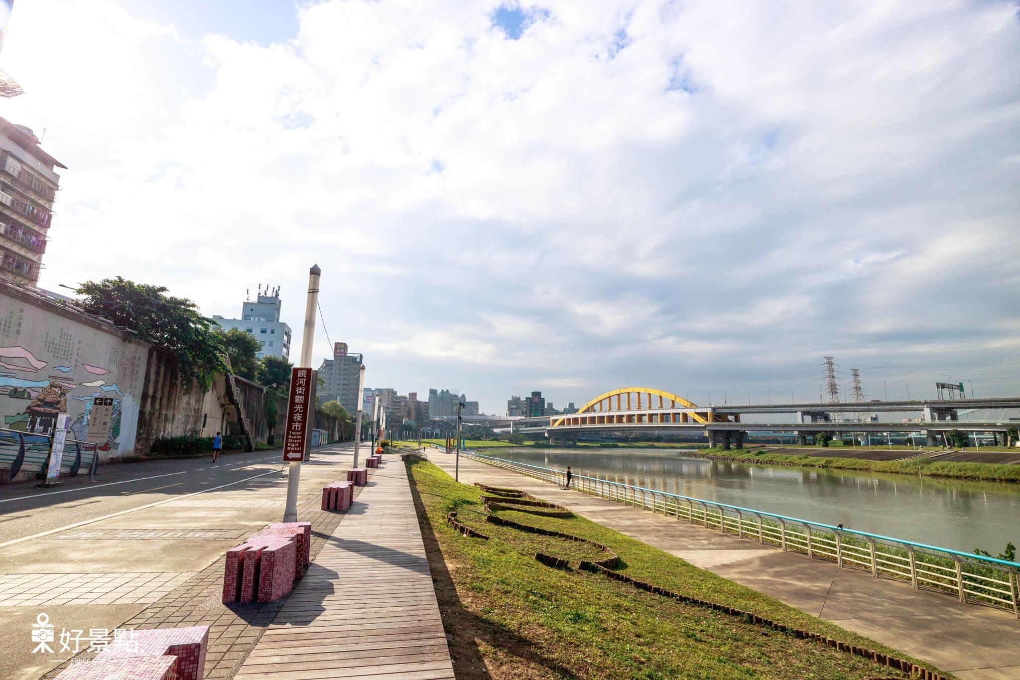 |台北。松山|觀山河濱公園-14萬盆花朵營造花海美景