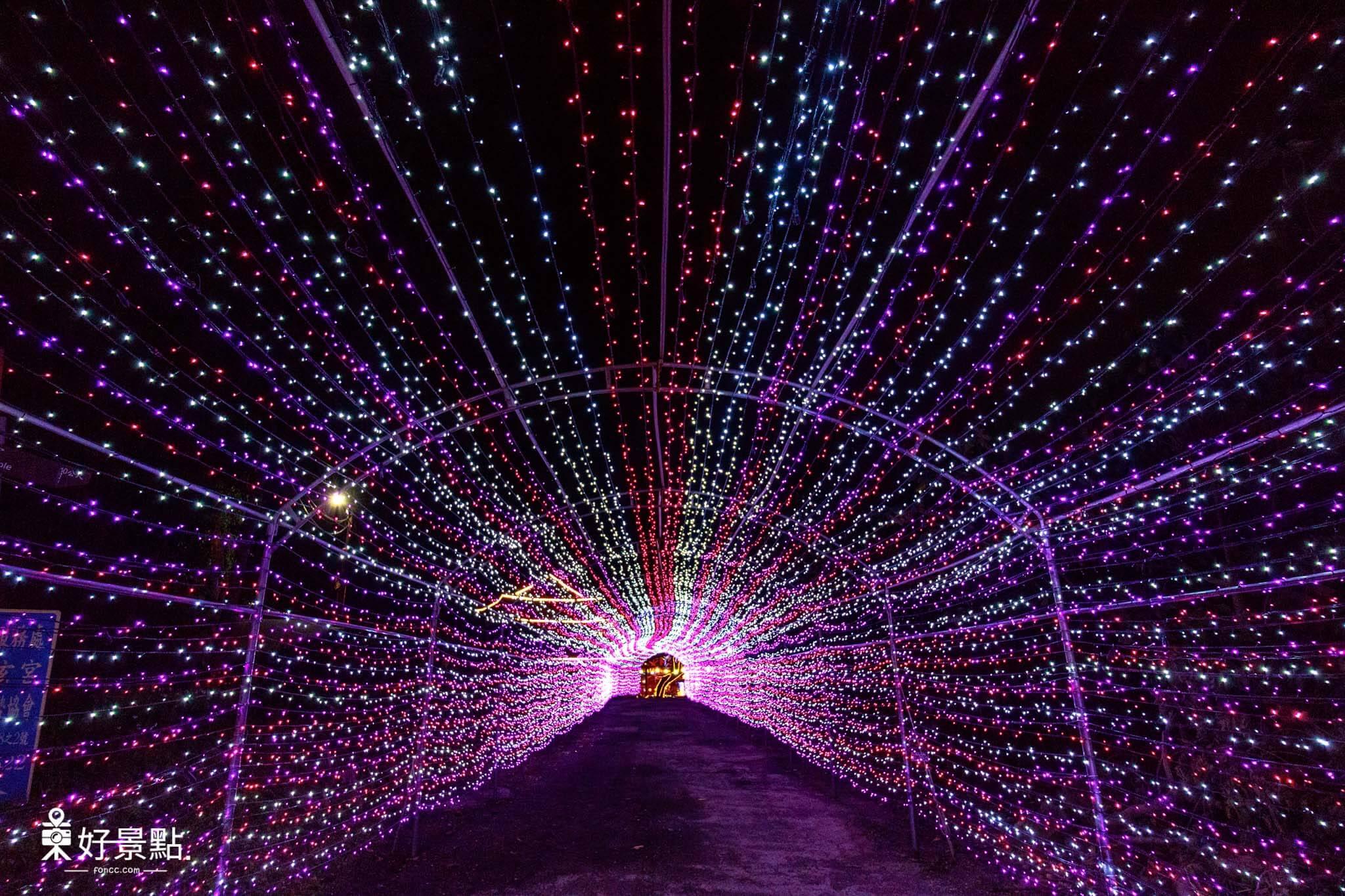 |新北。淡水|竹林慈玄宮-浪漫燈海隧道