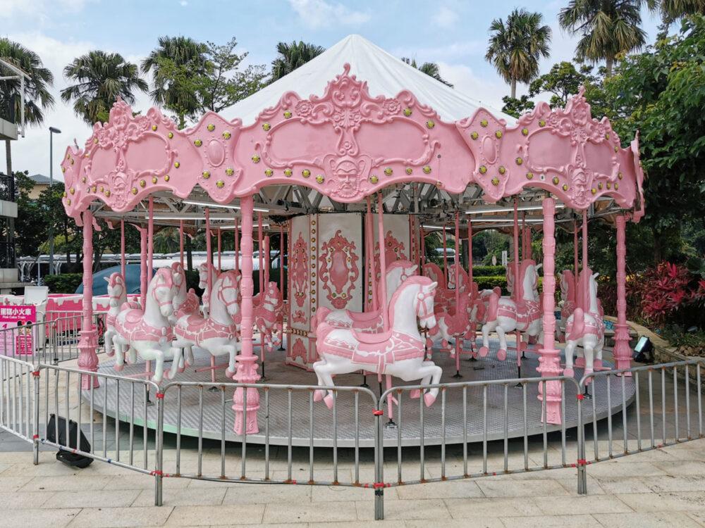 |新北。淡水| 淡水漁人碼頭「粉紅夏日遊樂園」-超夢幻遊樂設施登場!