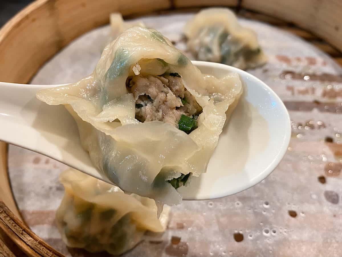 淡水美食推薦「宋朝餡餅粥」韭菜豬肉蒸餃